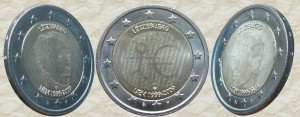 Портрет Великого Герцога Анри на этой монете виден с двух сторон