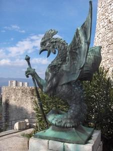 Василиск в замке Trsat (Хорватия) - один из образцов средневекового монстра