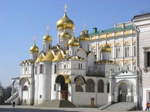 Благовещенский собор возведен псковскими мастерами в 1484-1489 годах
