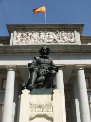 Памятник Д.Веласкес возле Музея Прадо (Мадрид). В нем хранится почти половина всех сохранившихся работ художника.