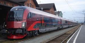 Новый скоростой поезд railjet