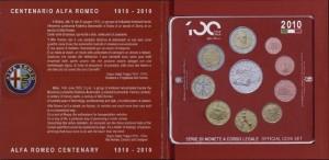 В состав первого набора входят: 8 монет стандартной чеканки + памятная монета 2 евро + серебряная монета 5 евро