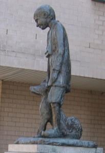 Памятник Нелло и Патрашу