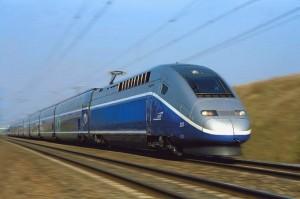 Электропоезд класса TGV в пути