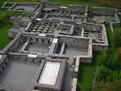 Руины терм (античных бань) в Агунтуме