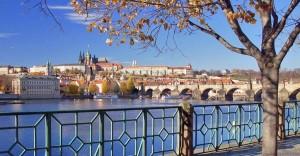 Карлов мост, Мала Страна и Пражский Град с собором Святого Вита