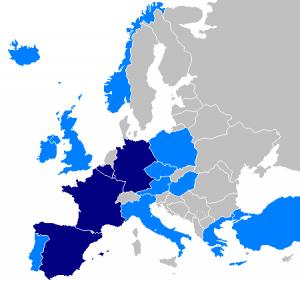 Синий - государства-члены Еврокорпуса, голубой - партнёры