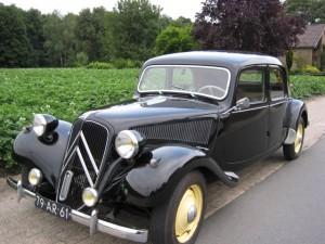 Первый серийный переднеприводный автомобиль. Citroën 15CV Traction Avant (1934—1957)