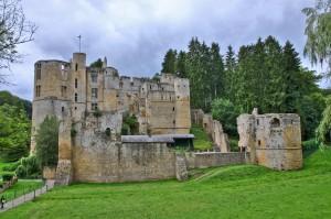 Замок Бофор (фр. Château de Beaufort, нем. Burg Beaufort)