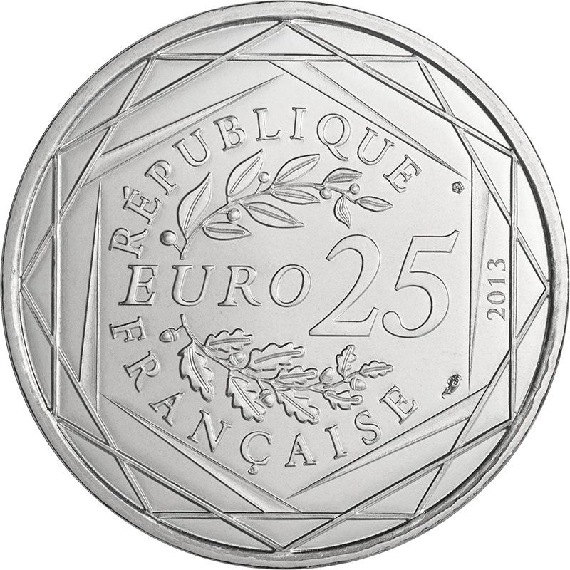 Монета 25 евро апсары фото