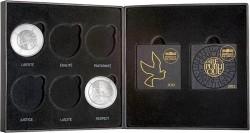 Для монет новой серии также имеется симпатичный подарочный бокс