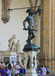 Benvenuto Cellini Perseus